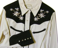 Modestone Women's Embroidered Long Sleeve Shirt Floral Filigree S Beige